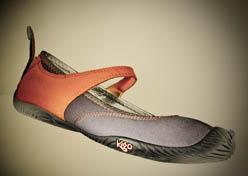 Minimalist Style: Kigo Cury Footwear