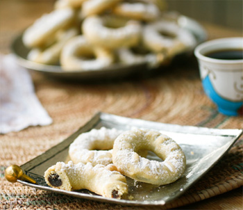 Semolina Cookies with Date Paste (Ma'amoul)