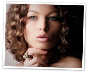 Use soft romantic makeup shades and a romantic hairstyle on your date