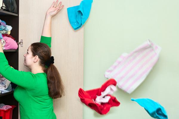 De-clutter to stress less
