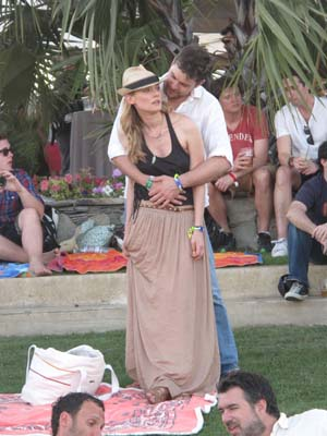 Diana Kruger and Joshua Jackson at Coachella 2011