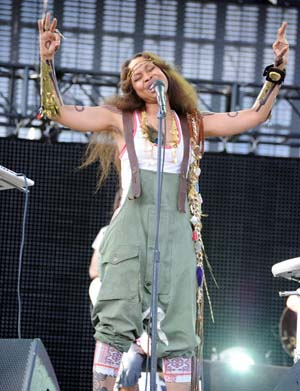 Erykah Badu performs at Coachella 2011