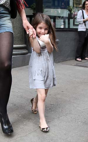 Suri Cruise on Easter 2010