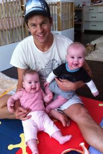 Neil Patrick Harris' Twitter twins!