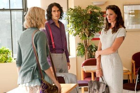 Greta Gerwig, Russell Brand and Jennifer Garner in Arthur