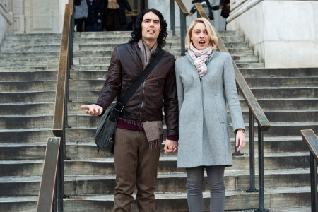 Russell Brand and Greta Gerwig in Arrhur