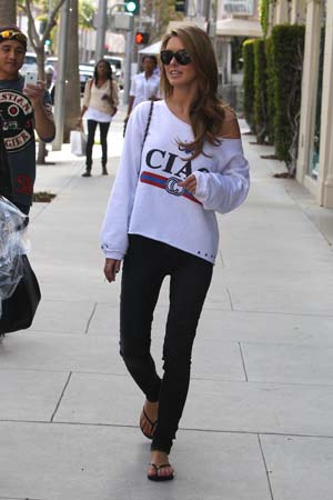 Audrina Patridge shopping in Los Angeles