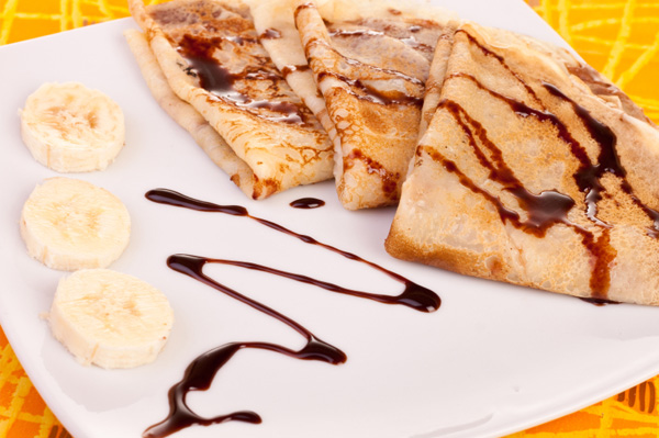 Banana walnut crepe