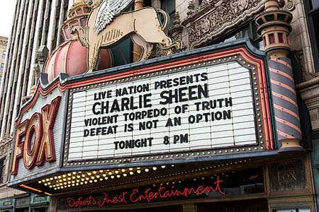 Charlie Sheen bombs in Detroit