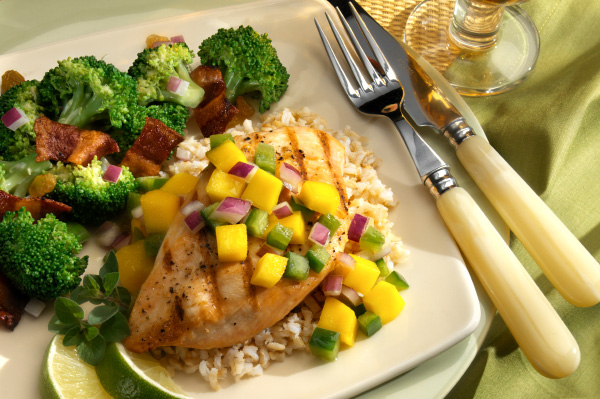Chicken breast with mango salsa