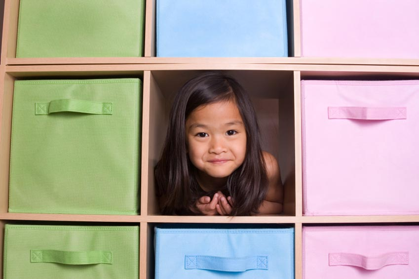 girl in shelves
