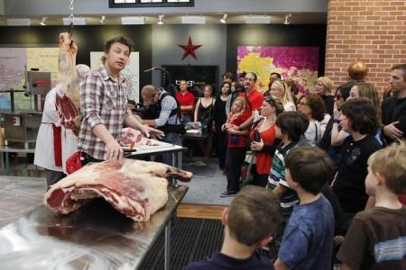 Jamie Oliver reaches parents of LA schoolkids