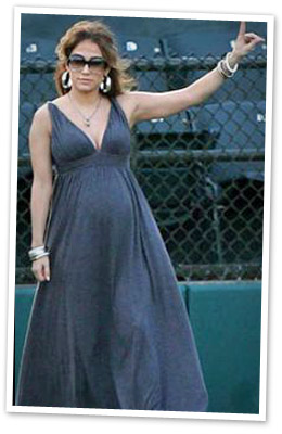 Jennifer Lopez's stylish maternity dress