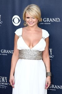 Miranda Lambert: ACM winner!