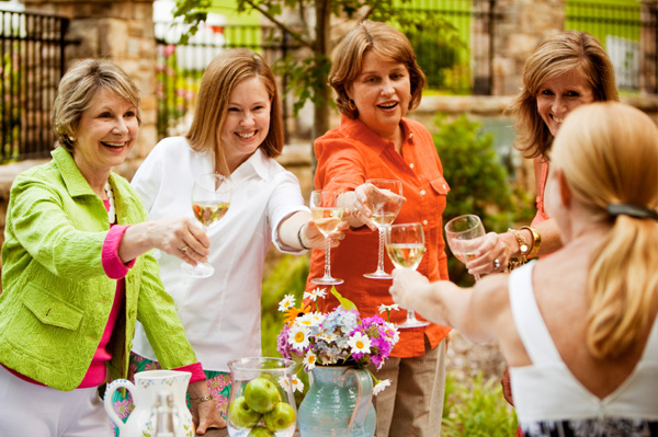Outdoor brunch for Mother's Day
