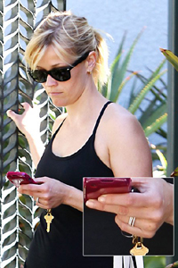 Reese Witherspoon weddng ring