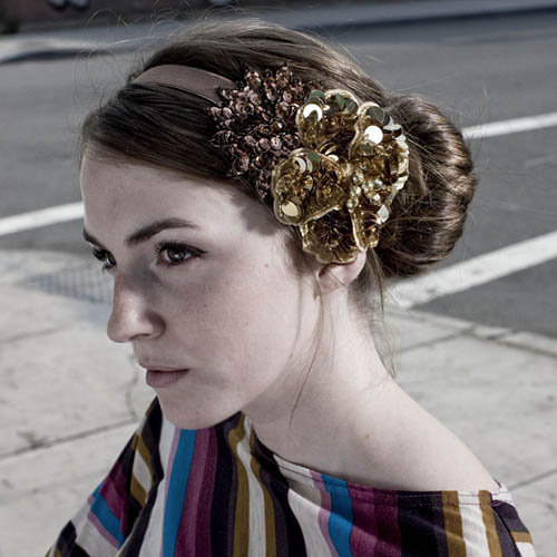 Court & Plume royal hair accessory