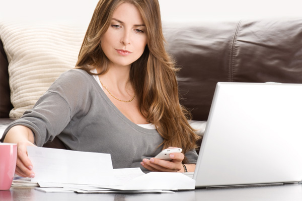 woman-working-on-finances