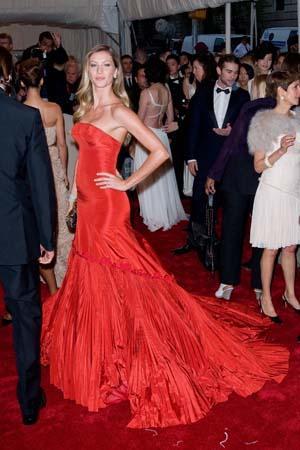 Giselle Bundchen 2011 MET Gala