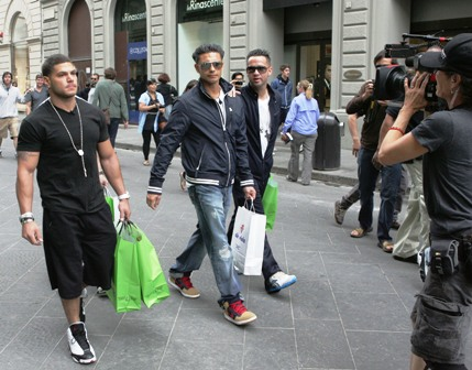 is the jersey shore cast in italy. will head to Public jersey