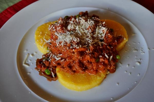 Jarred marinara sauce makes a delicious dinner