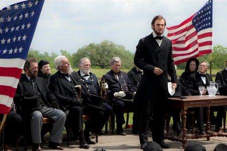 Honest Abe slays Vamps!