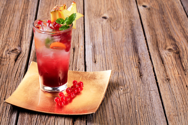 Cran-razz fizz