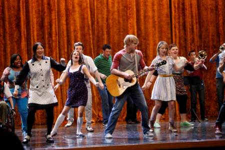Glee explores Rumours