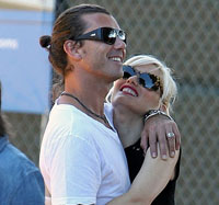 Celebrity couple Gwen Stefani and Gavin Rossdale