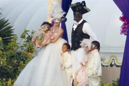 heidi klum and seal wedding vow renewal. Heidi Klum and Seal renew