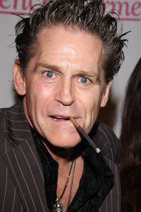 Jeff Conaway: no life support