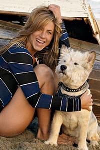Aniston's best friend dies