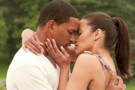 Jumping the Broom stars Paula Patton and Laz Alonso