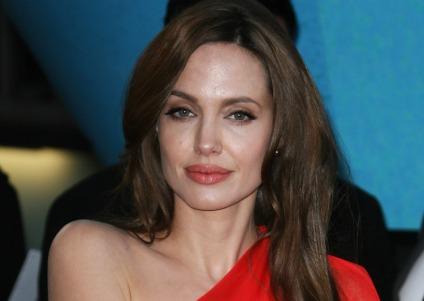 Angelina do-gooding in Turkey