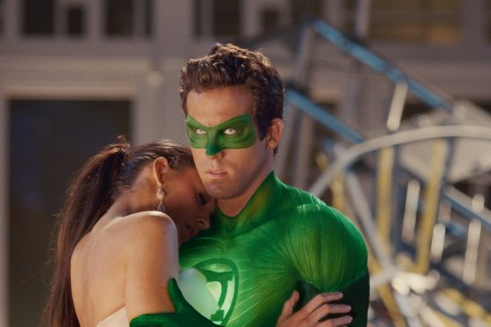 Ryan Reynolds dishes Green Lantern