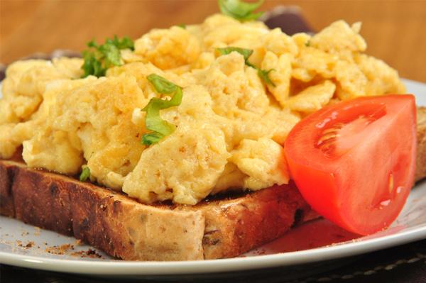 High-protein breakfast beats cravings