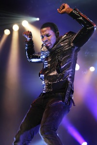 Derulo charges back on the charts