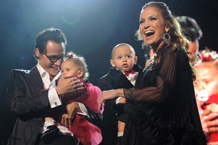 Jennifer Lopez & Marc Antony with their twins
