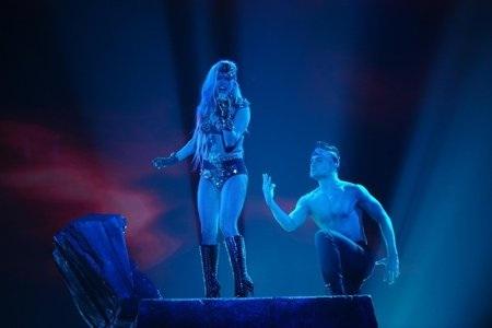 Gaga hits the million mark!