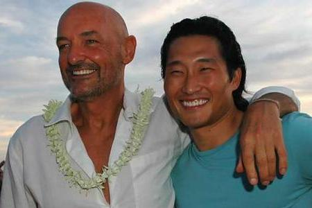 Lost alums Terry O'Quinn and Daniel Dae Kim reunite on Hawaii Five-O