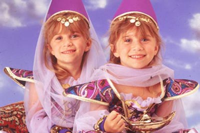 Mary Kate and Ashley Olsen as tots