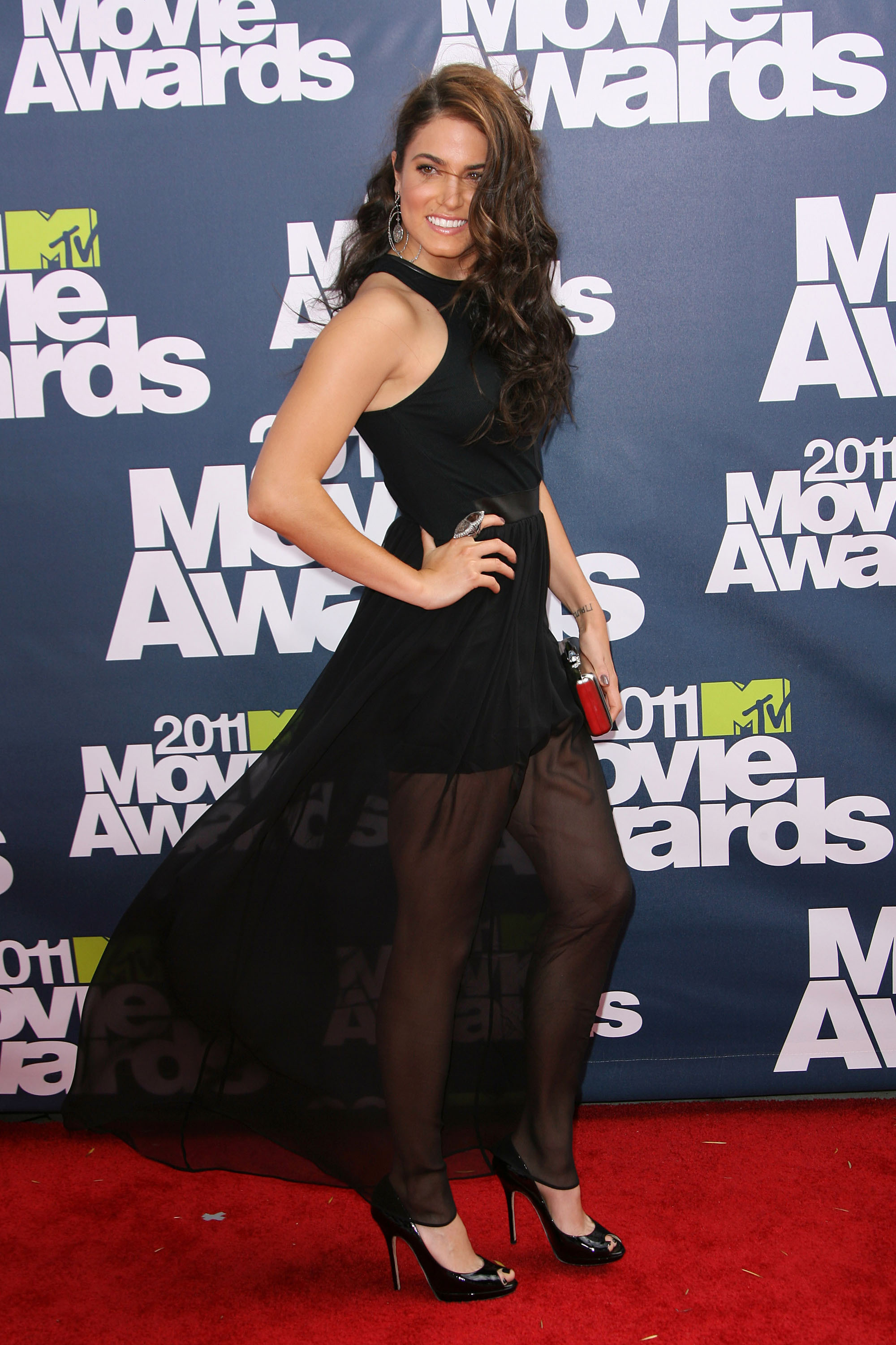 Nikki Reed celebrity style: 2011 MTV Movie Awards