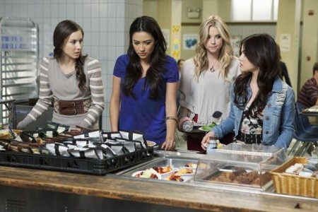 Pretty Little Liars premieres June 14