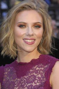 Scarlett sadly single