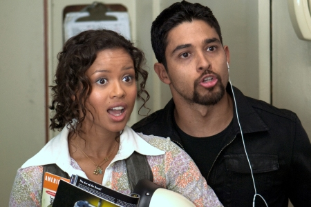 Gugu Mbatha-Raw and Wilmer Valderrama in Larry Crowne