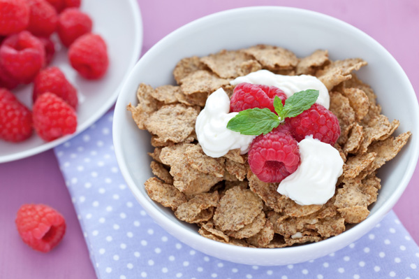 Yogurt with cereal
