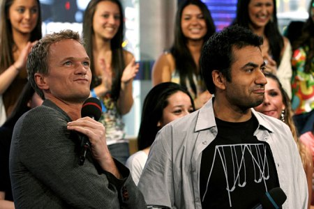 Kal Penn to be reunited with Neil Patrick Harris on How I Met Your Mother and in a new Harold & Kumar movie!