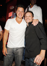nick-lachey-and-drew-lachey-tao