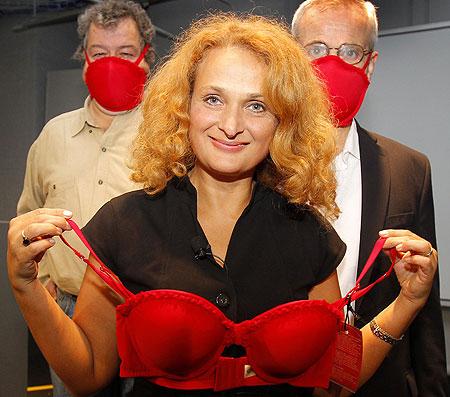 Elena Bodnar with Emergency Bra
