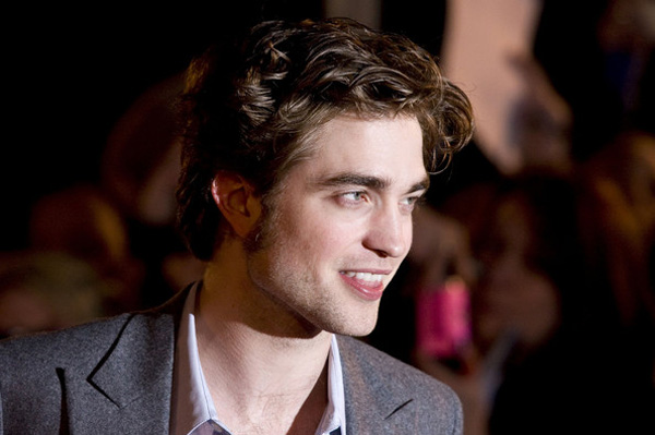 Robert Pattinson's dirty hair